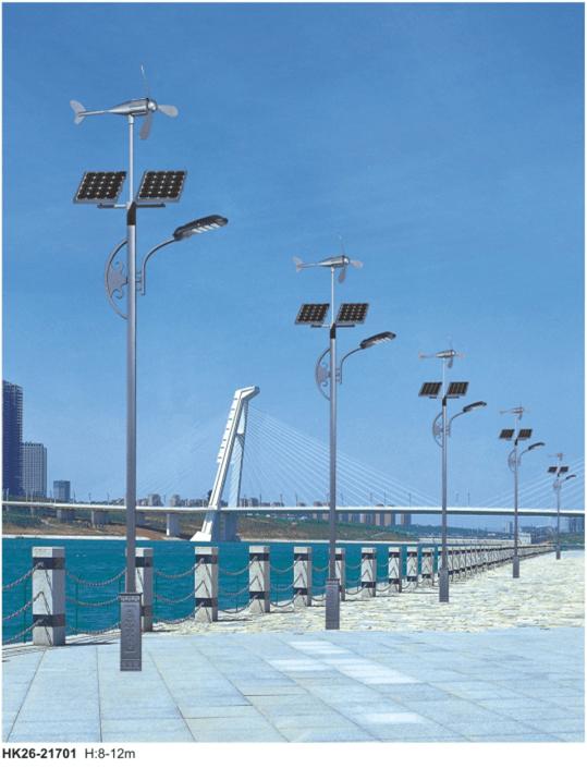 风光互补led路灯安装主要以二车道、四车道的形式,多数安装应用在道路照明、厂区照明、服务区照明上,以太阳能控制器调节的节能型供电、全半功率控制节能型了道路照明的发展方向。  风光互补led太阳能路灯不仅节能,迎风旋转的风机更是一道靓丽的风景线,节能同时美化环境,可谓一举两得。每一盏风光互补led路灯都是一套独立的系统,无需辅设电缆,安装方便,一般道路都具备安装条件。在当前全社会高度关注节能环保的大环境下,风光互补led路灯呈现出了加速发展的势头。但大部分地区需要安装风光互补led路灯的地区,都属于风速地区