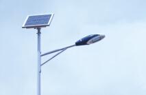 华可讲解:led太阳能路灯是如何制作的