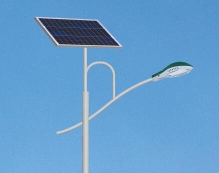 锂电池太阳能路灯有哪些优势吸引大众的眼球?
