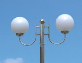 华可讲解:选购不锈钢庭院灯的几大攻略