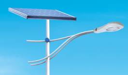 """新闻:太阳能路灯真的可以""""全年无休""""吗?"""