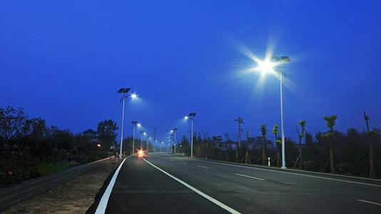 新闻:太阳能户外照明所占优势