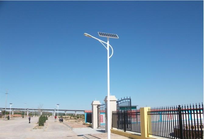 新闻:越来越多的太阳能路灯使用锂电池