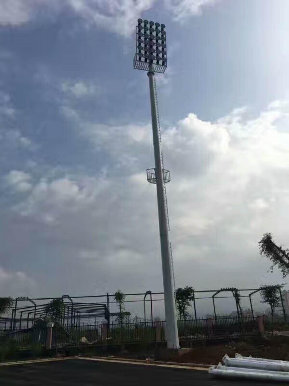 【华可案例】:10套led高杆灯成功照亮了云南芒市!