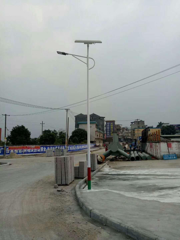 【华可案例】广西桂平240套农村太阳能路灯安装完毕!